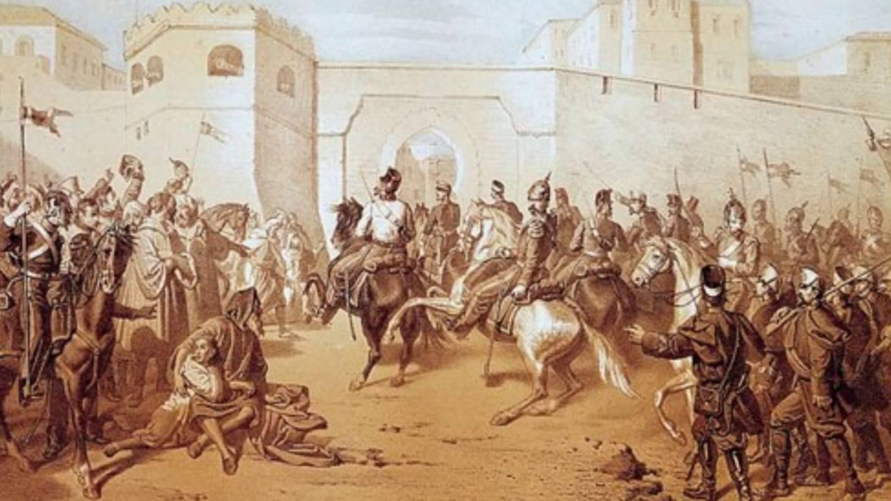 خلال القرن 19 م وقع المغرب تحت عدة ضغوط استعمارية عسكرية منها و دبلوماسية من طرف دول أوربية مختلفة, مما دفع بالمخزن إلى شن مجموعة من الإصلاحات. فما هي طبيعة هذه الضغوطات الإستعمارية؟ ما هي نتائجها؟ و ما هي الإصلاحات المخزنية لمواجهة هذه الضغوط؟