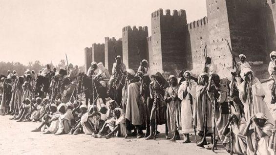 تزايدت حدة الضغوط الإستعمارية على المغرب رغم الإصلاحات المخزنية, انتهت بفرض نظام الحماية عليه سنة 1919 م.